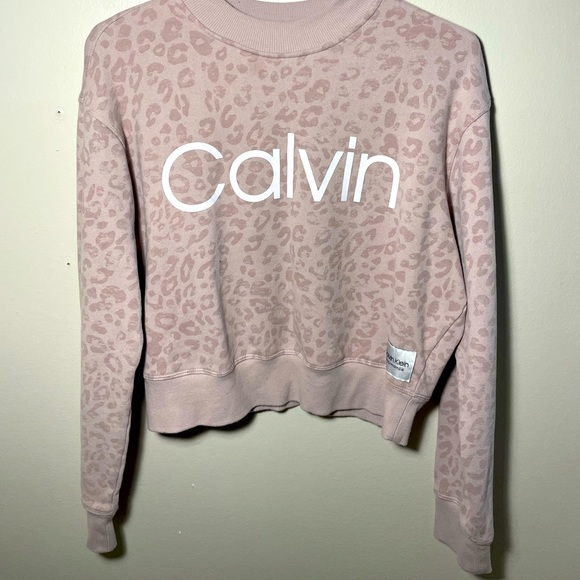 Used Calvin Klein light pink sweater